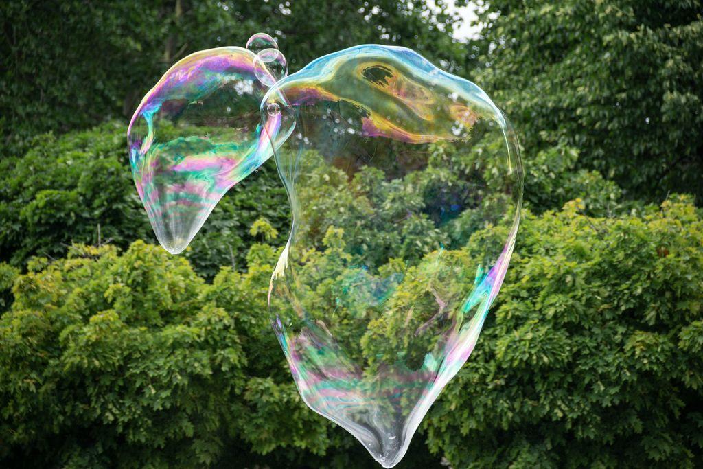 Мильна бульбашка.
