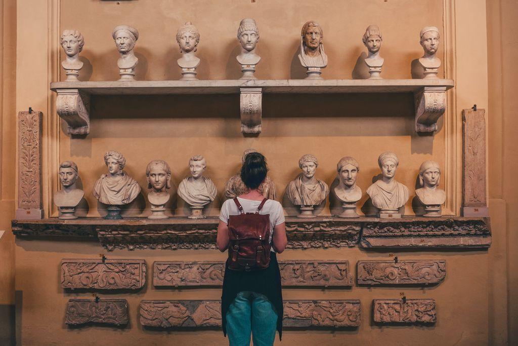 Ancient sculpture.ST•H Gallery.